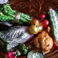 Vegetable ornaments for year round display