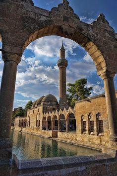 Abraham's Pool by Erkan Adıgüzel on Ankara, Beautiful World, Beautiful Places, Asia, Art Antique, Slow Travel, Destinations, Islamic Architecture, Turkey Travel