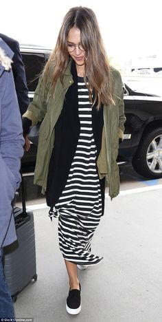 Re-LAX: Jessica Alba looked comfortable in her choice of attire for an airport run on Monday