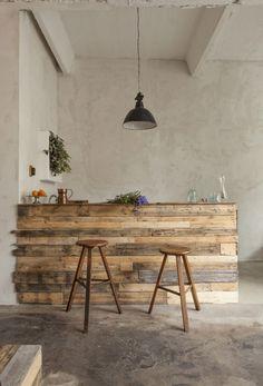Plus de 1000 id es propos de i wood home decor i sur pinterest chalets p - Brocante mobilier industriel ...