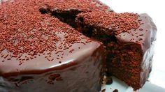 Шоколадный пирог на кефире, рецепт из простых ингредиентов, а вкус превзойдет все ваши ожидания