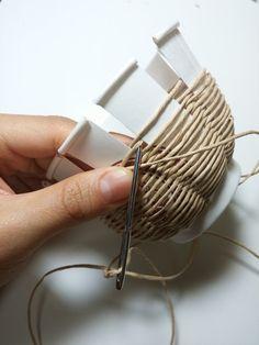 최근 밴드에서 보게된 #종이끈 으로 만드는 #초간단 #바구니 만들기 #아이들과 #함께 만들수 있을정도로 쉽...