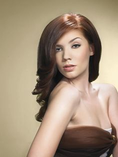 Aubum Color Hair Brunettes    Auburn is a shade of brown which looks great on medium length hair
