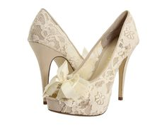 obsessed with lace... so obviously lets take it all the way down to the shoes