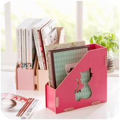 Cut-out Cat Magazine Holder