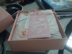 our beauty bag ::: Delivery de belleza: Glimbox de primavera - http://ourbeautybag.blogspot.com.ar/2012/10/delivery-de-belleza-glimbox-de-primavera.html