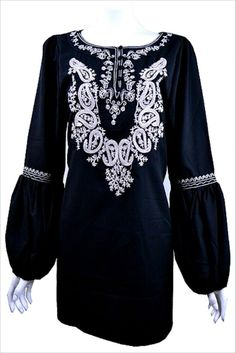 NWT Tunic 1X & 2X Gypsy Sleeve Embroidery Black Knit Top Plus Size Top NEW#AB296