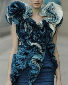 marbly voluminous blue