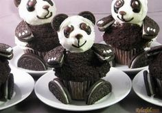 Beautiful Oreo Cakes!