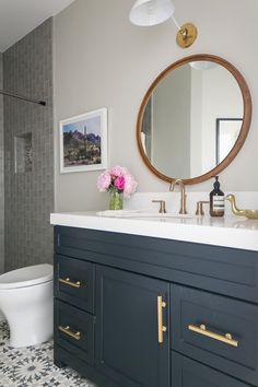 Glamorous bathroom vanity designs modern and led home only d Glamorous Bathroom, Beautiful Bathrooms, Bathroom Vanity Designs, Bathroom Ideas, Gray Bathroom Decor, Bathroom Modern, Bathroom Colors, Chandeliers, Gray And White Bathroom