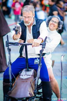 Aging Han Solo and Princess Leia from Star Wars Star Wars Love, Star War 3, Star Wars Art, Amazing Cosplay, Best Cosplay, Cosplay Outfits, Cosplay Costumes, Cool Costumes, Crazy Costumes