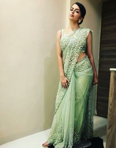 Bold and beautiful saree looks of Shrenu Parikh will leave you stunned! Dress Indian Style, Indian Dresses, Indian Outfits, Trendy Sarees, Stylish Sarees, Stylish Dresses, Fancy Sarees Party Wear, Sarees For Girls, Diwali Dresses