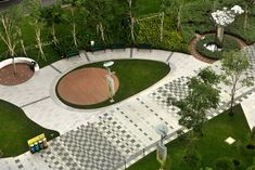 City Square Urban Park in Singapore . Locals obviously love the warm and fuzzy hardscape. Landscape And Urbanism, Urban Landscape, Landscape Design, Garden Design, Park Landscape, Modern Landscaping, Garden Landscaping, Landscaping Ideas, Pavement Design