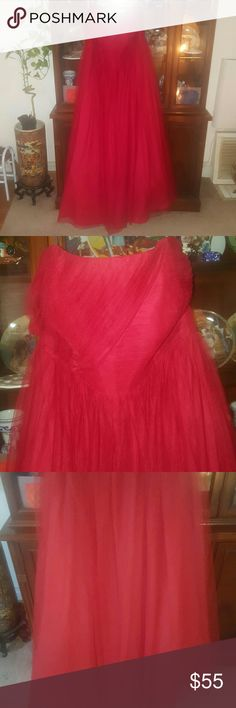 Braids maid Dress Beautiful long strapless dress. Says a size 24 but was altered to fit a size 16. From Alfred Angelo's. Upper top of the dress looks a little bit loose on the lace nothing that can't be fixed.. Dresses Wedding