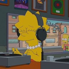 Listen to the #nearperfectpitch weekly #music #podcast ... #vinyl #vinyljunkie #lp #records #audiophile #streophile #indie #alternative #shoegaze #britpop #punk #postpunk #newwave #madchester #nme #c86 #radio #itunespodcast #googleplay #ckcufm #lisasimpson #thesimpsons