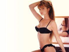 TheFappening: Aledia Mills Nude