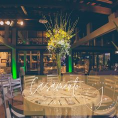 Casamento Judeu Pamela & Marcelo Data: 02 Abril 2016 Local: @clubedosjangadeiros Fonte:@luizmeurer #johanaortegaeventos #miniwedding #decoracaocasamento #casamentosjudeus #judeupoa #judeus #clubjangadeiros #noivosdajo #casamentoarlivre #casamentoclub #casamentospoa #sonhos #amor #casamentosinesqueciveis #decoraçao #wedding #flores #festaspoa #eventos #decoraçaocasamentos #wedding Data, Table Decorations, Home Decor, Outside Wedding, Places, Weddings, Dreams, Amor, Events
