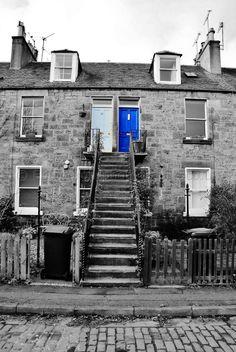 The Colonies Stockbridge Edinburgh Beautiful Streets, Beautiful Places, Stockbridge Edinburgh, England Ireland, Image Of The Day, Edinburgh Scotland, Black And White Pictures, Glasgow, Old Photos