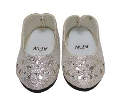 Your doll will dance the night away wearing these stunning silver glitter shoes featuring a floral cutout design. Boy Doll, Girl Doll Clothes, Girl Dolls, Silver Glitter Shoes, American Girl Wellie Wishers, Wellie Wishers Dolls, Doll Shoes, Doll Furniture, Doll Accessories