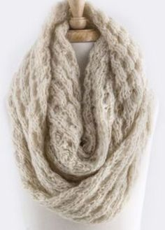 This scarf is unbelievably soft warm! Made from the same yarn as your favorite comfy sweater! Photos do not do justice. Lots of stretch to get that perfect look! Dress up any outfit day or night.