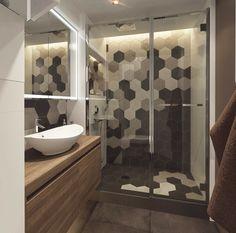 indirekte beleuchtung und hochglanz oberfl chen im kleinen bad kleine badezimmer pinterest. Black Bedroom Furniture Sets. Home Design Ideas