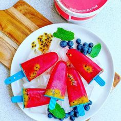 Start the new year FRESHHH with these watermelon, raspberry + passionfruit icey poles! Healthy Toddler Snacks, Healthy School Lunches, Toddler Food, Toddler Meals, Healthy Breakfast Recipes, Lunch Box Recipes, Baby Food Recipes, Food Spot, Artisan Food