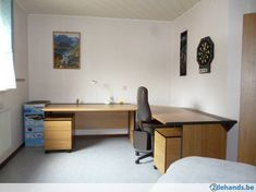 L-vormig kwaliteits bureau Bulo + bureaukasten