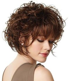 Messy short curly bob hairstyles with bangs for fine hair - Hair Cute Hairstyles For Short Hair, Curly Bob Hairstyles, Curly Hair Styles, Natural Hair Styles, Hairstyles 2018, Female Hairstyles, Trendy Haircuts, Braided Hairstyles, Layered Hairstyles