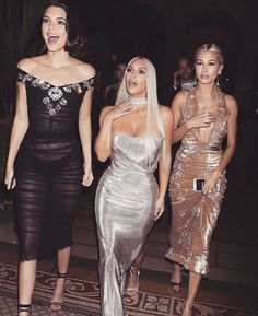 Rihanna's X-Games, Gigi's Shoe, and the 12 Most Outrageous Instagrams of New York Fashion Week Photos | W Magazine