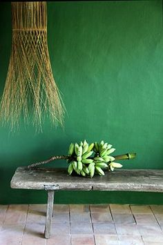 Greenery, verde everywhere! Estilo Tropical, Pantone Greenery, Green Interior Design, Color Interior, Green Banana, Lush Green, Color Of The Year, Green Building, Cool Walls