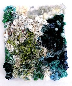 plastic bags, sewn together with conciliatory gestures 18 plastic bags, sewn together with conciliatory gestures. Ines plastic bags, sewn together with conciliatory gestures. Recycled Plastic Bags, Plastic Art, Plastic Design, Plastic Bottles, Textile Texture, Art Textile, Techniques Textiles, Diy Recycling, Textile Recycling