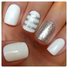 25 Easy Nail Art Designs (Tutorials) for Beginners - 2019 Update Fancy Nails, Love Nails, Trendy Nails, How To Do Nails, Sparkle Nails, Gold Sparkle, Striped Nails, White Nails, White Glitter