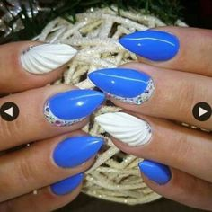 Blue and white shell nails