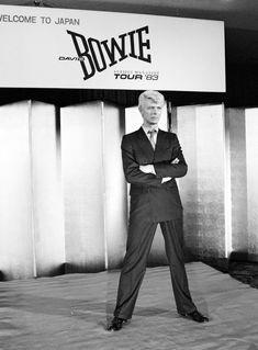 5 Never-Before-Seen Photos of David Bowie by His Legendary Collaborator, Masayoshi Sukita Angela Bowie, Brian Duffy, Glam Rock, Duncan Jones, David Bowie Born, Ziggy Played Guitar, The Thin White Duke, Pretty Star, Major Tom
