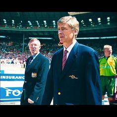 Arsene  #Wenger and Sir Alex #Ferguson  #Legends of the #EnglishPremierleague by video.football