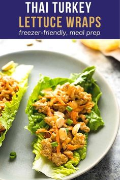 Simple and so flavorful, these Thai turkey lettuce wraps have a tangy and slightly spicy peanut sauce. Spoon the filling into crisp romaine lettuce leaves for an easy and lower in carbs dinner option or easy lunches. #sweetpeasandsaffron #lowcarb Good Healthy Recipes, Healthy Meal Prep, Low Carb Recipes, Healthy Eating, Cooking Recipes, Cooking Kale, Cooking Artichokes, Healthy Lunches, Keto Meal