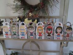 Amazing 8 Girl Hero Gable Favor Boxes Set of 16 by zbrown5 on Etsy