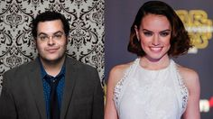 Josh Gad and Daisy Ridley with Josh attempting to get more info on her role in new Star Wars movie...it ain't gonna happen...funny! .