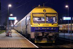 RailPictures.Net Photo: BVmot 001 Hungarian State Railways (MÁV) BVmot at Hegyeshalom, Hungary by Tamás Rizsavi