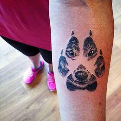 Conheça nossa incrível seleção com 70 fotos impressionantes de tatuagens de lobo para você se inspirar. Confira!