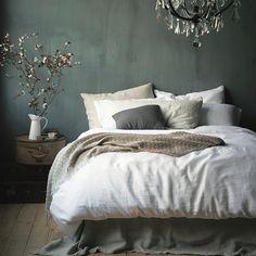 Schlafzimmer Washed Linen Duvet Cover – White, Use Your House To Bedroom Green, Cozy Bedroom, Bedroom Decor, Wall Decor, Bedroom Ideas, Grey Bedroom Walls, Woodsy Bedroom, Ikea Bedroom, Scandinavian Bedroom