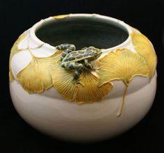 Mary Pratt pottery