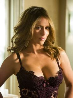 Jennifer Love Hewitt Bra Size and Body Measurements