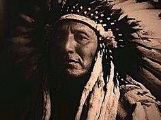 """PAZZO GIGLIO: """"Normalità"""" - Storiella Cherokee.  l disturbo bipolare e la battaglia tra le due forze dell'animo umano.  La """"sincronicità"""" per Carl Jung."""