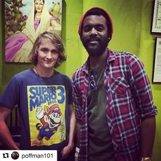 Seeing @garyclarkjr at dinner was cool and I even got to embarrass my child   #Repost @poffman101 (@get_repost)  cool to run into this guy tonight! of course @craftyiscool snapped a photo with our guitarist! #atx #guitar #512