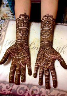 Details♡ Palm Mehndi Design, Wedding Henna Designs, Full Hand Mehndi Designs, Finger Henna Designs, Legs Mehndi Design, Mehndi Designs For Girls, Mehndi Designs For Beginners, Dulhan Mehndi Designs, Mehndi Designs For Fingers