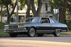 "1979 Pontiac Bonneville with the sport ""honeycomb"" wheels. My Dream Car, Dream Cars, Pontiac Parisienne, Pontiac Bonneville, Old School Cars, Cars And Motorcycles, Cars For Sale, Cool Cars, Mustang"