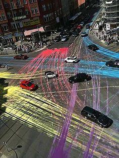 Door stoepkrijt op de straat te krijten kan je zien waar de auto's heen gaan, hoe zouden de sporen in Cartesius eruit komen te zien?