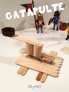 How to make a craft stick catapult. Crafts For Boys, Diy For Kids, Diy Fort, Recycled Art, Craft Stick Crafts, Kids House, Activities For Kids, Angles, Art Plastic