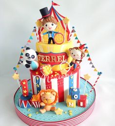 Carnival Birthday Cakes, Circus Theme Cakes, Carnival Themed Party, 1st Birthday Cakes, Circus Birthday, Themed Cakes, Circus Party, Elephant Cake Pops, Carousel Cake